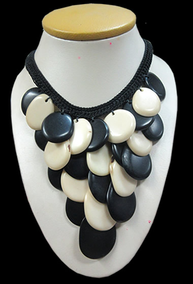 06 Wholesale Peruvian Tagua Necklaces Choker Design & Crochet