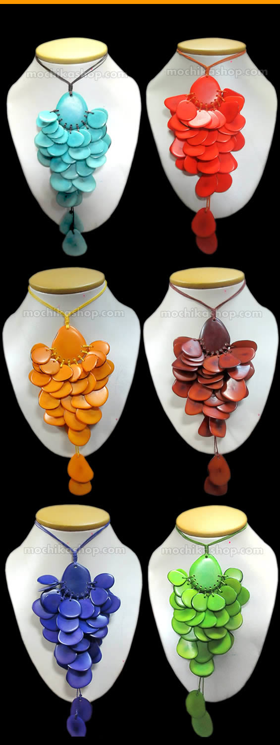 12 Medallions Necklaces of Tagua